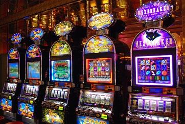 Phân biệt một vài loại máy Slot tại casino Macau