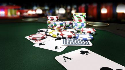 Nắm thế chủ động khi chơi poker online