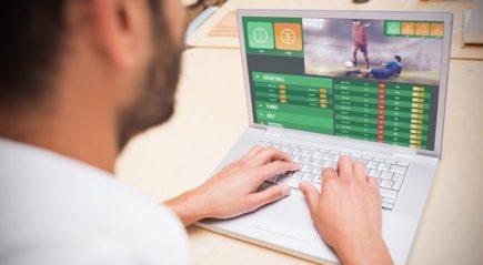 Làm sao để biết cá độ bóng đá trên mạng là an toàn?