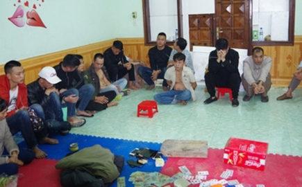 Hà Giang: 17 con bạc tổ chức xóc đĩa bị bắt