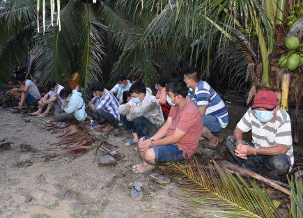 Liên tiếp bắt giữ 2 sới bạc ăn tiền tại Vĩnh Long